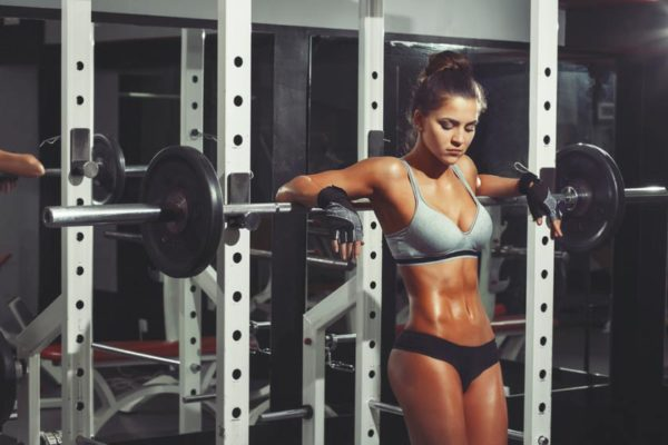 chica-fitness-entrenando