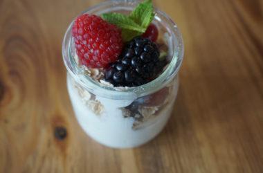 yogur-frutos-rojos-snacks