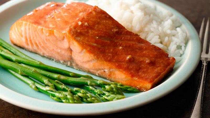 plato-salmon-esparragos-arroz