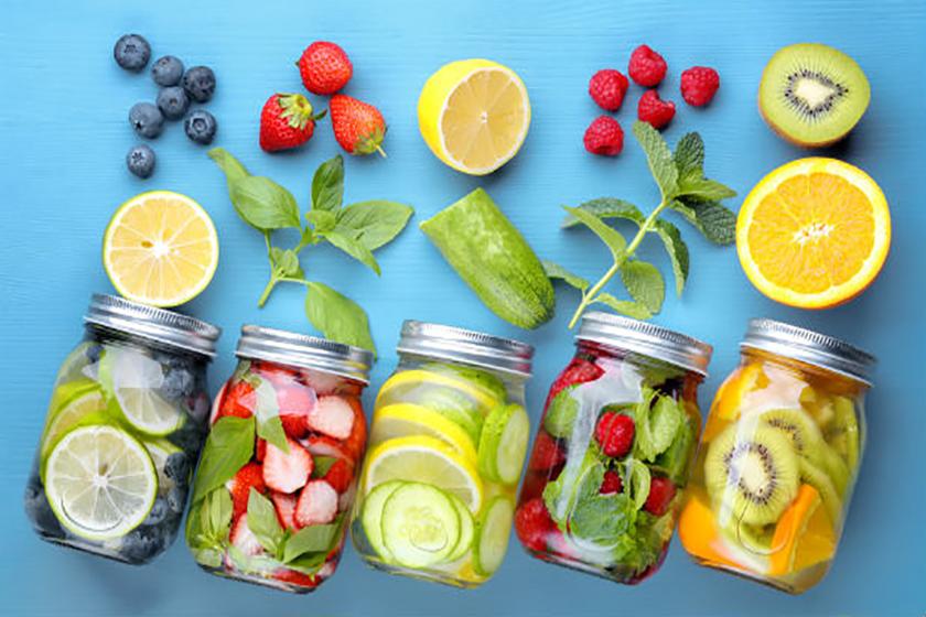 Las infusiones de frutas y verduras aportan muchos beneficios.