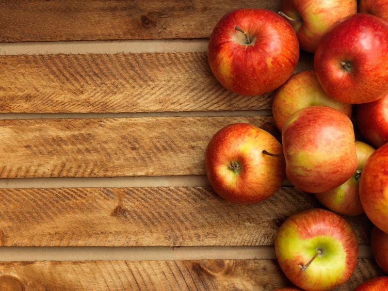 manzanas-rojas-caja-madera