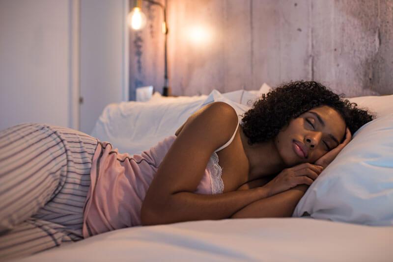 mujer-descansando