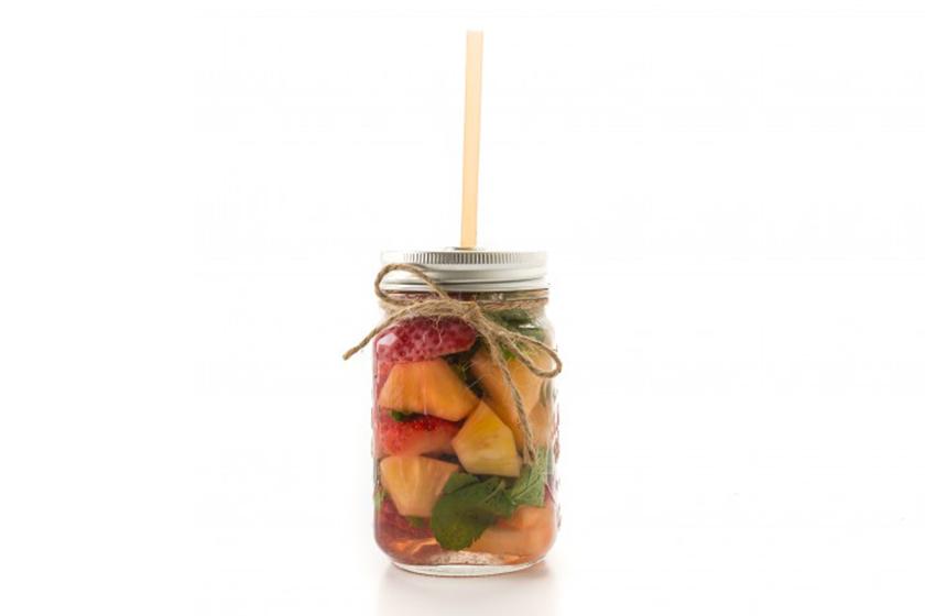 Infusiones de frutas: Piña, fresa y perejil