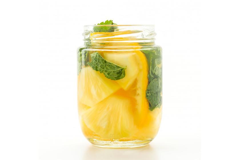 Infusiones de frutas: Piña, naranja y menta