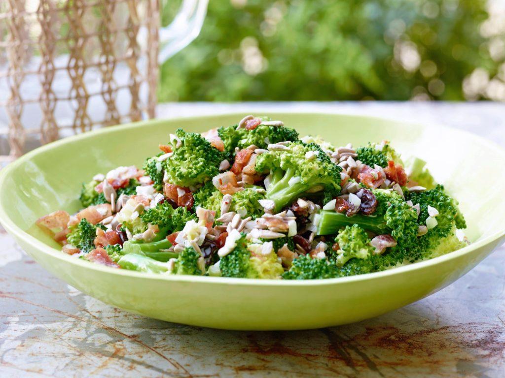 plato-ensalada-brocoli