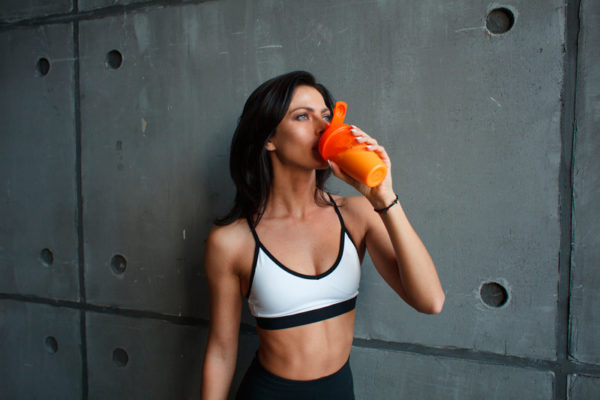 cantidad de proteinas diarias para aumentar masa muscular