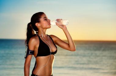 chica hidratada