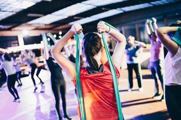 colageno-para-mujeres-entrenamiento-gimnasio