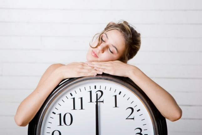 dormir-lo-suficiente para recuperar el sueño perdido en las fiestas navideñas