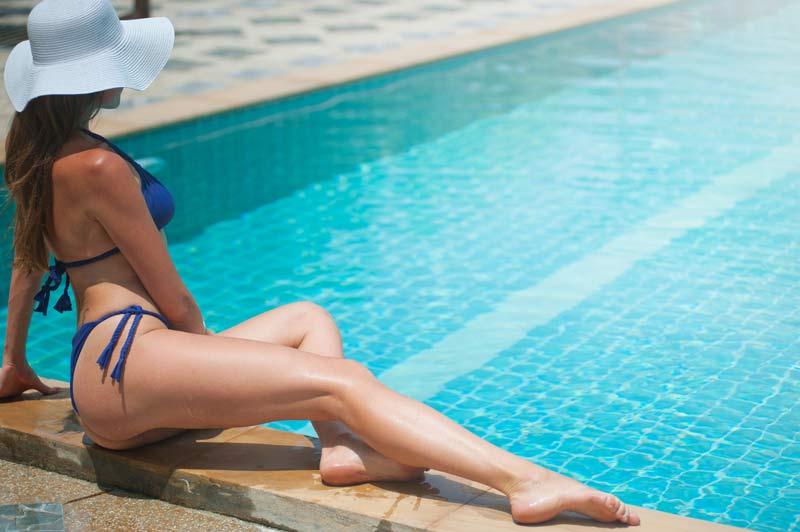 ejercicios-para-hacer-en-la-piscina-chica