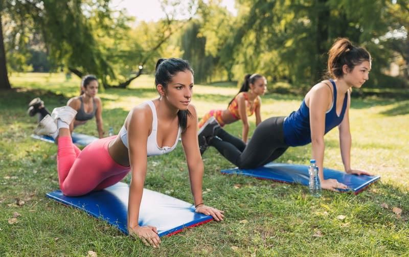 ejercicios pecho mujer