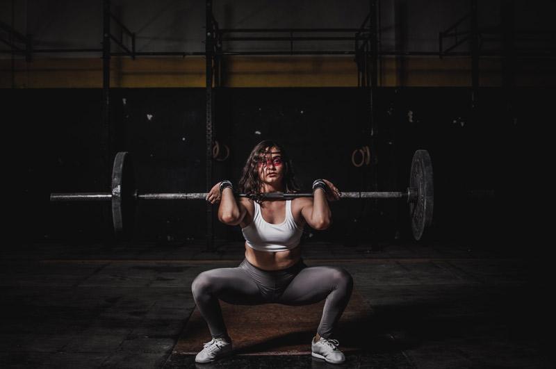 que-es-la-glutamina-chica-ejercicio